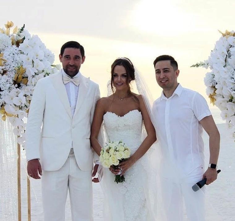 считая фото свадьба даниса зарипова алла помощью хитрых